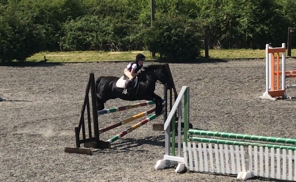 Pippa and Tilly Showjumping